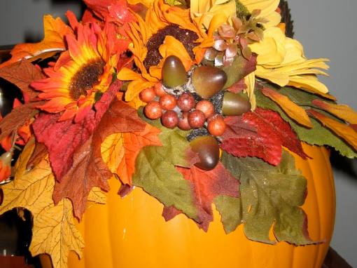 Decorate an Autumn Pumpkin or Basket Workshop
